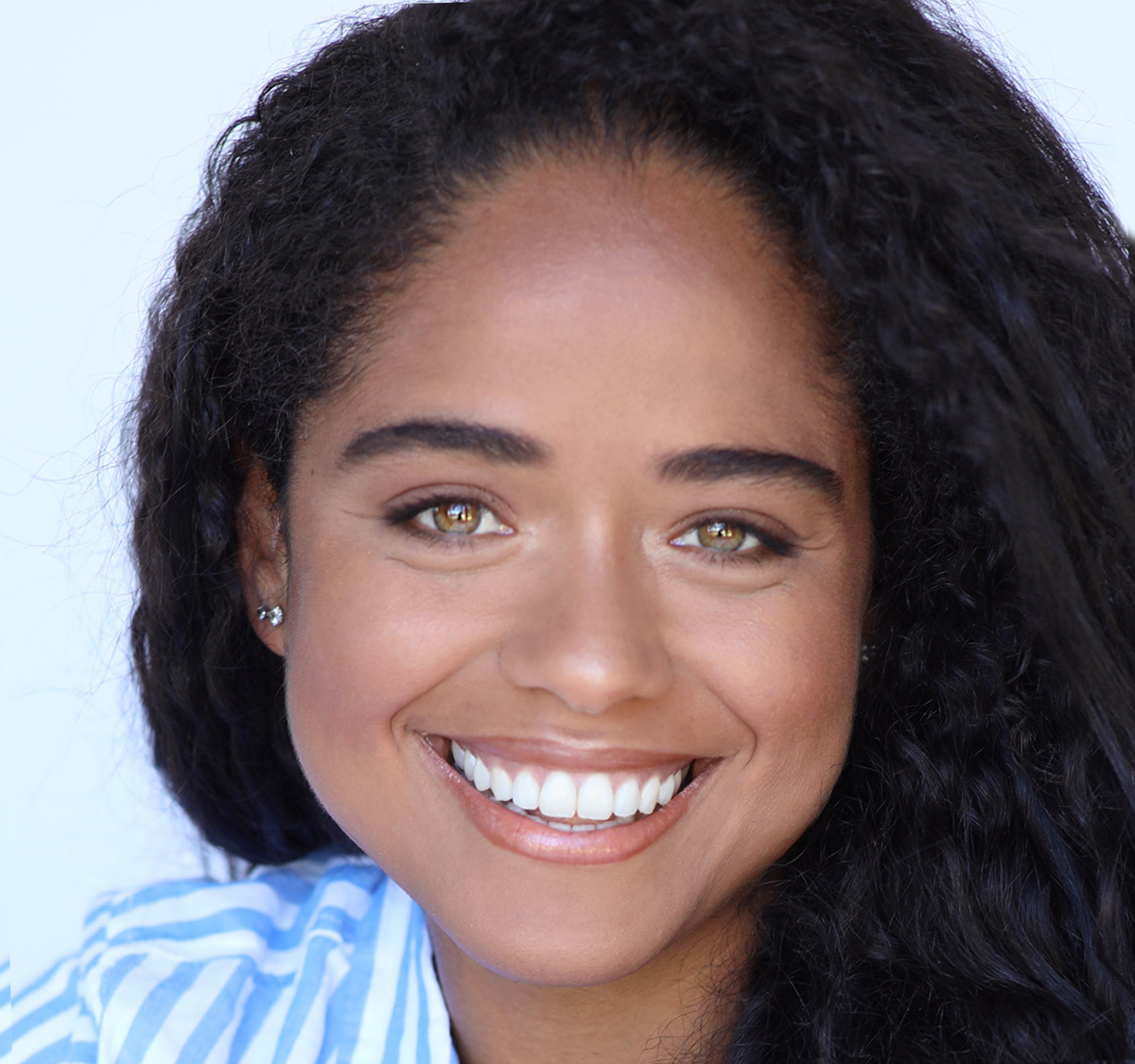 Fernanda Guimaraes HEADSHOT(B)