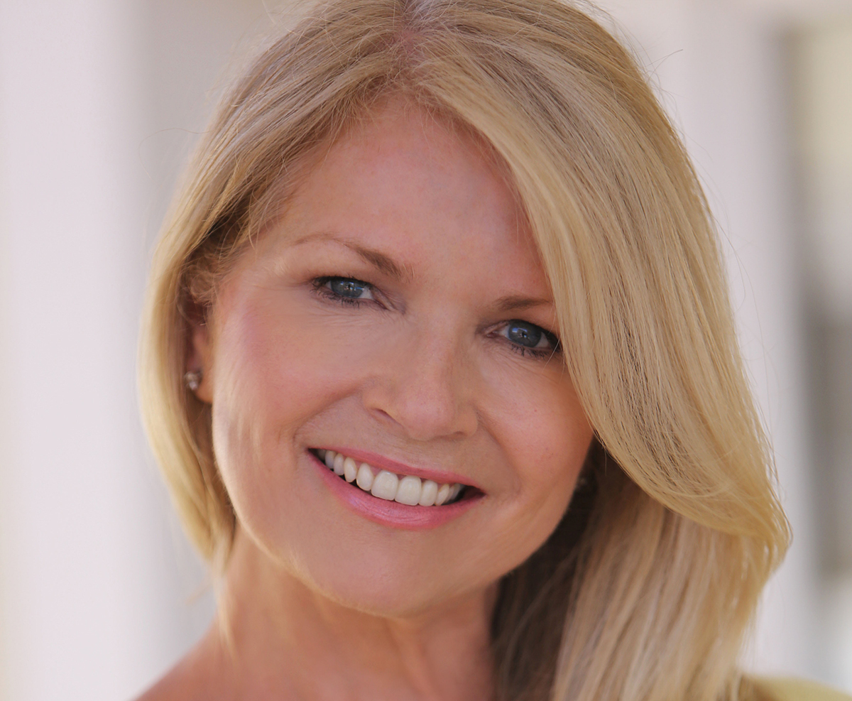 Denise Waterman HEADSHOT