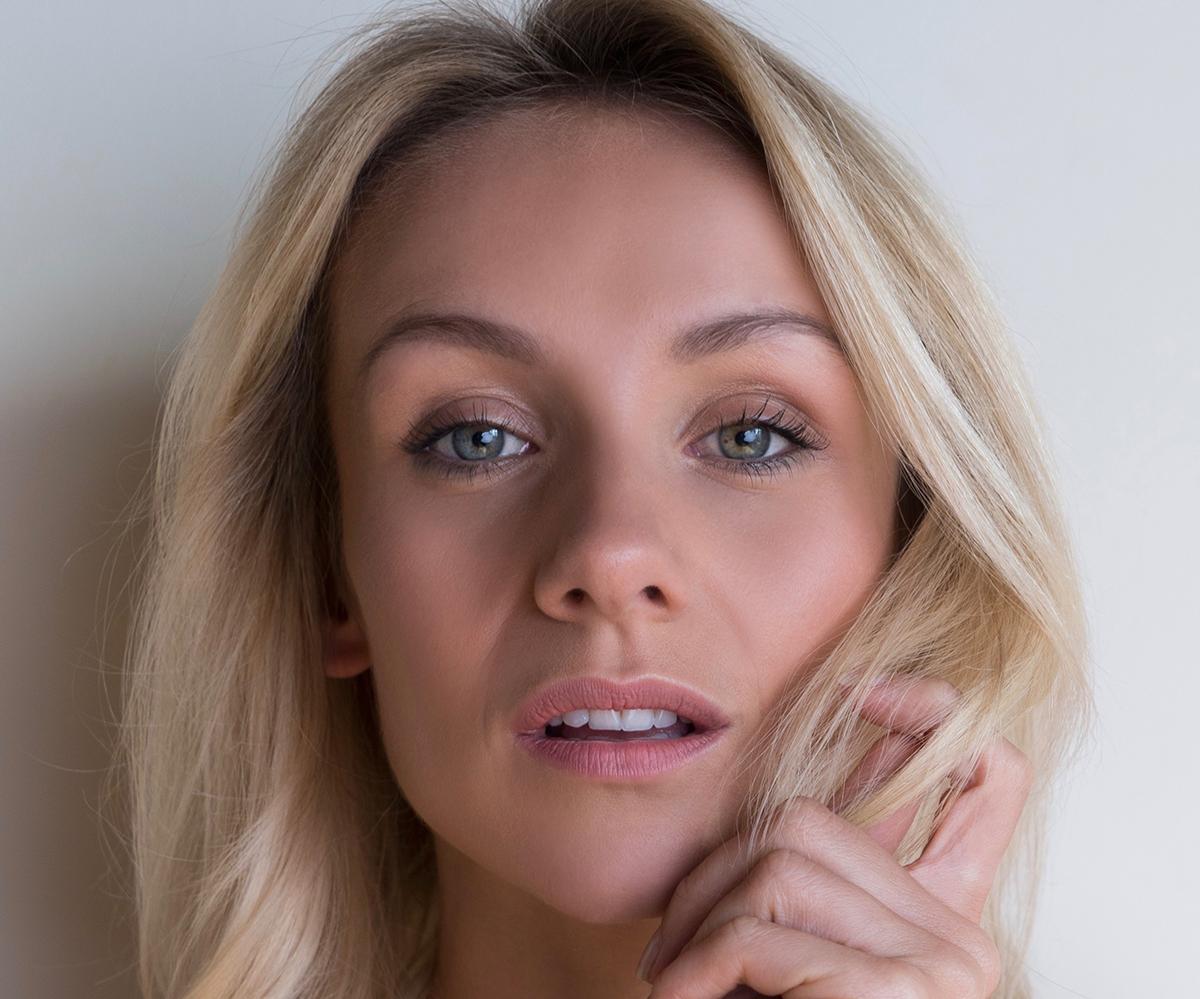 Nicole Evans HEADSHOT(A)