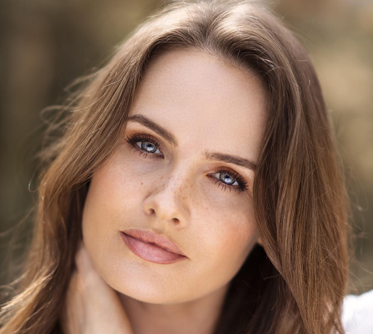 Megan Bracken HEADSHOT(A)